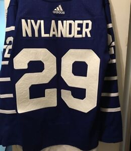 c12666181 Toronto Maple Leafs William Nylander Arena s Authentic Jersey