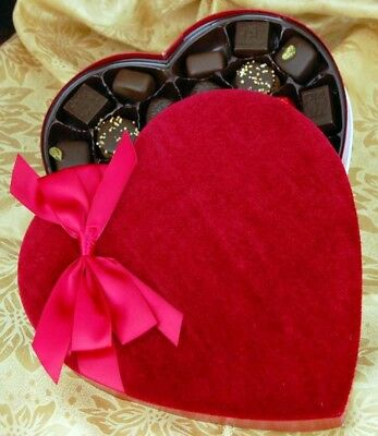 Bobby's 25-Piece Velvet Heart Gift Box of Belgian Chocolate Mix