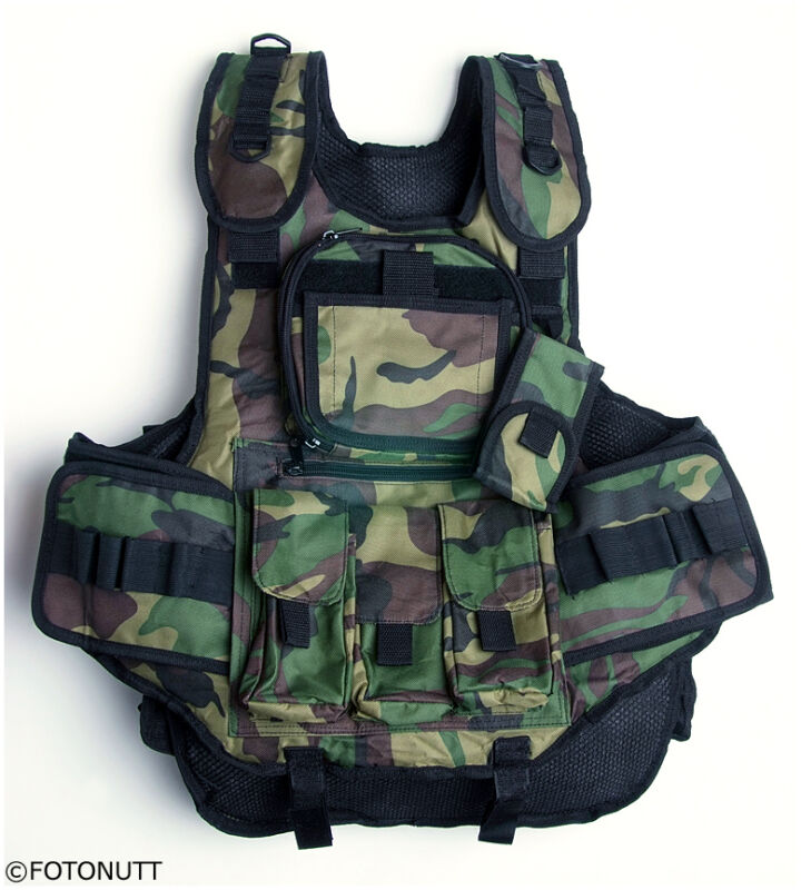 Standard Woodland CAMO 4+1 TACTICAL Paintball WOODSBALL VEST scenario