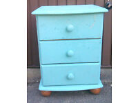 Solid Pine Wood Bedside Cabinet/ Table / Chest of 3 Drawers –Ideal for Shabby Chic Look/ Upcycling !