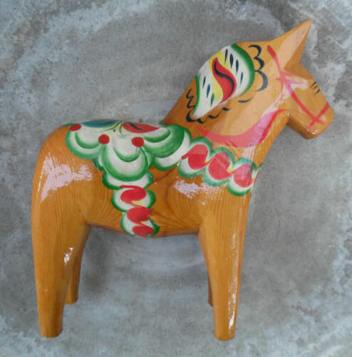 VINTAGE DALA HORSE HAND CARVED WOOD NILS OLSSON BEAUTIFUL SWEDEN FOLKART SCULPTR
