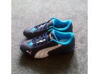 Size 6 puma trainers