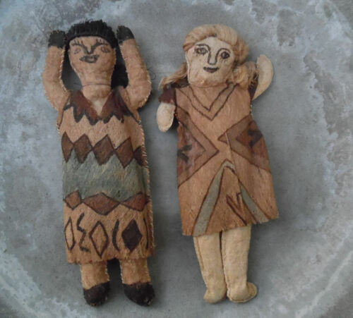 VINTAGE TIKUNA INDIAN TREE BARK DOLLS AMAZON SOUTH AMERICAN TRIBAL ART TUK-UNA