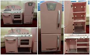 Kidkraft pink retro kitchen and refrigerator Asquith Hornsby Area Preview