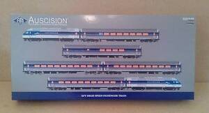 Auscision Countrylink XPT - 3.  HO Scale. Glen Iris Boroondara Area Preview