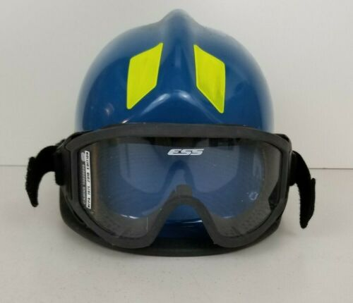 Cairns 360R Firefighter Helmet Low Profile Rescue w/ Goggles MFG. 2018