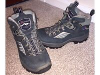 Berhaus Childrens Walking Boots Size 3 £50 ONO