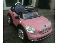 MINI COOPER 12V KIDS RIDE ON - TWIN MOTOR - REMOTE CONTROL (Spares or Repairs)