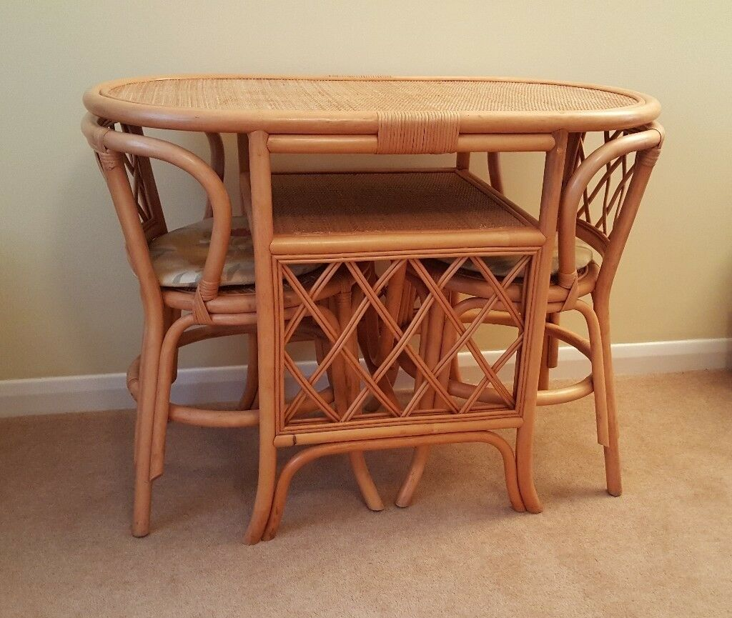 Round Marble Coffee Table Gumtree: Conservatory Dining Table And 2 Chairs