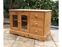 Ducal - Vintage - Solid Pine - TV - HiFi - Entertainment Cabinet - Horfield