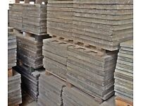 RECLAIMED QUALITY GREY CONCRETE PAVING SLABS - 2 X 2 / 2.6 X 3 / 3 X 2 - LARGE STOCK
