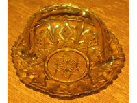 "Pretty, decorative, VINTAGE - GLASS CAKE PLATE WITH HANDLE, amber coloured patterned glass 7"" x 5"""