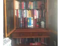 (2) Piece Display Unit/Bookshelf