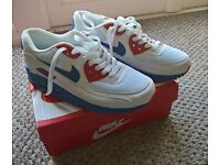 Nike Air Max 90 trainers size 6 brand new in box