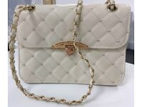 Stylish handbag for sale. Never used! (middle size)