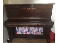 Upright Piano - tuned