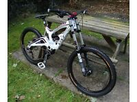 GT Fury 3.0 Downhill Mountain Bike DH - 2013 - Medium