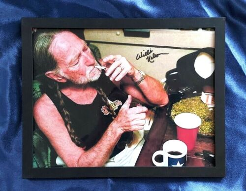 Willie Nelson - POT TRAY on his bus.  Hand-signed with COA (Read Descrip)