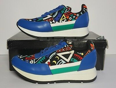 Fashion New Splurge Women's Size 6 Sneakers Sport Casual Blue with African Print