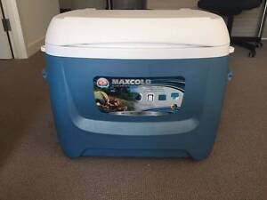 Igloo Maxcold Island Breeze Wheeled Rolling Cooler 47L Campsie Canterbury Area Preview