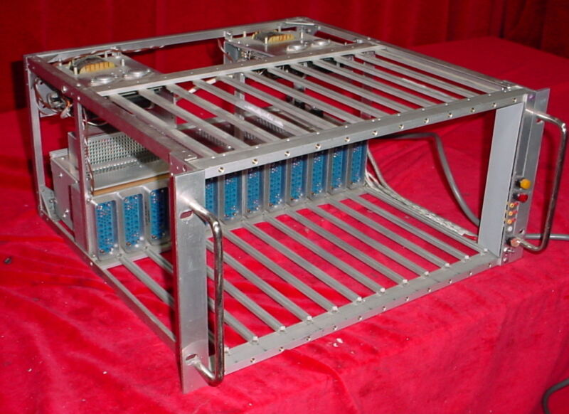 Power Designs  NIM BIN Crate 12-Slot Chassis & Power Supply AEC-320-5