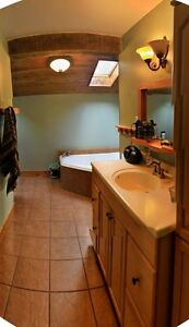 May 1st - Beautiful Bedrooms Near SLC (Calderwood)