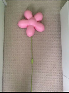Pink wall flower lamp