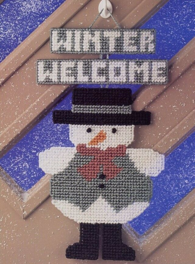 Snowy People Tissue Cover Door Plastic Canvas Pattern//Instructions Leaflet