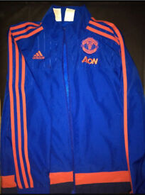 Man Utd Training Jacket 11-12 years