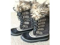 Sorel Joan of arctic boots .... worn twice