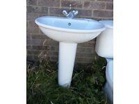 Bathroom Hand Basin White Ceramic with Taps & Pedestal