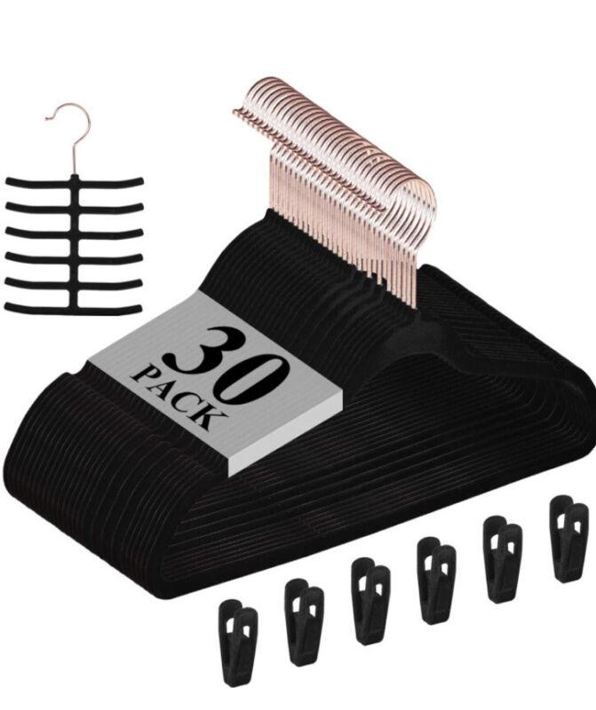 VECELO Premium Velvet Hangers (Pack of 30) Heavyduty - Black