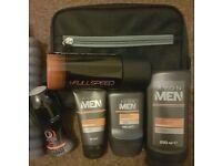 Avon 4 men wash bag and toiletries £5