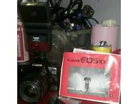 CANON EOS 1000 AF/A1 35MM SLR CAMERA