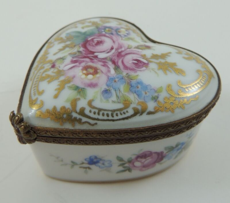 Limoges France Rehausse Main Heart Shaped with Hand Painted Roses Trinket Box