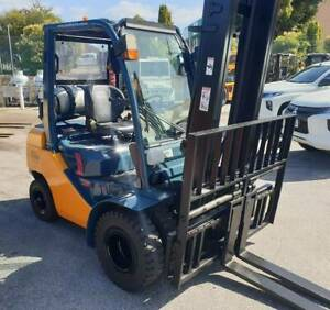 Toyota 8FG25 2500kg LPG forklift with 6m mast, dual wheels Malaga Swan Area Preview