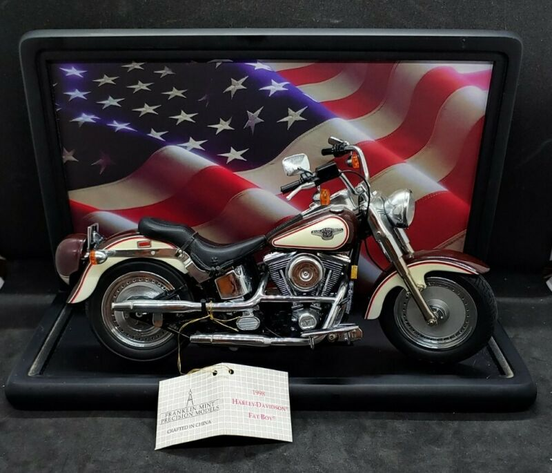 Franklin Mint Harley Davidson 1998 Fatboy Motorcycle w Helmet & Display Case