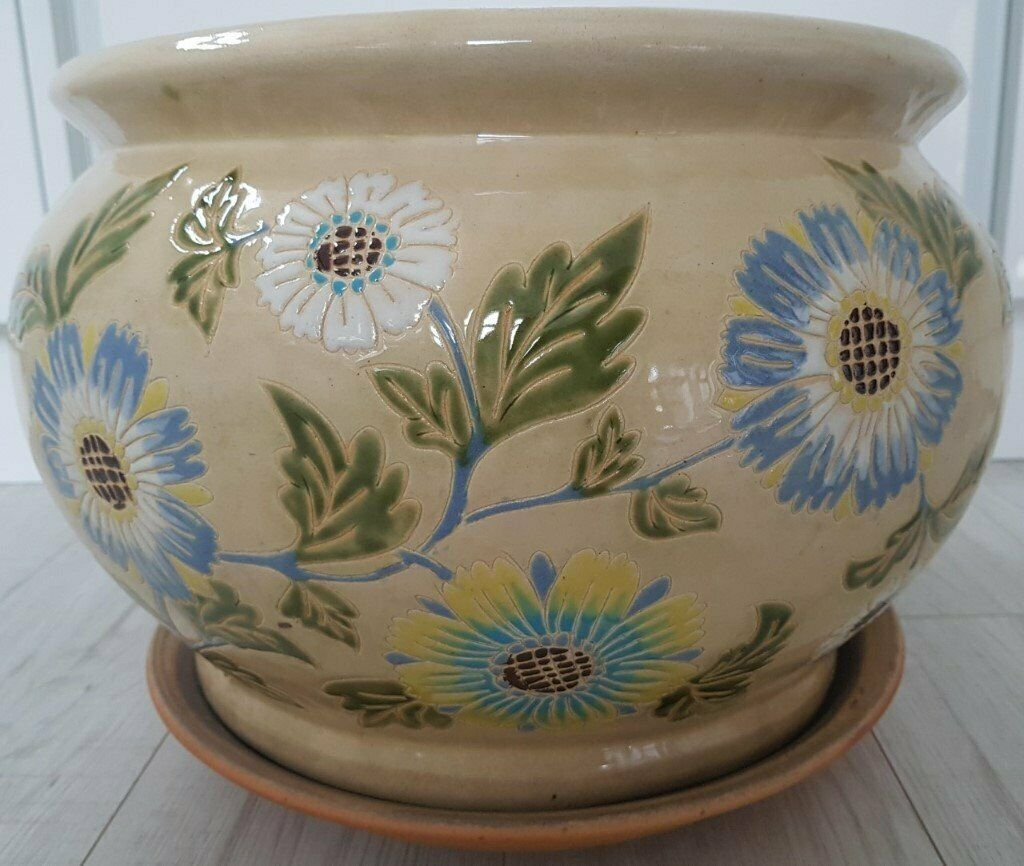 Extra large glazed ceramic planter w/ drainage holes & matching ceramic  saucer,40cm wide x 30cm tall | in Aberdeen | Gumtree