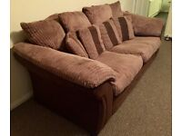 2 Seater Sofa *excellent condition!