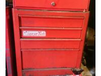 Snap on roll can tool box