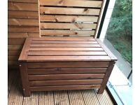 Ikea storage bench outdoor- in a very good condition