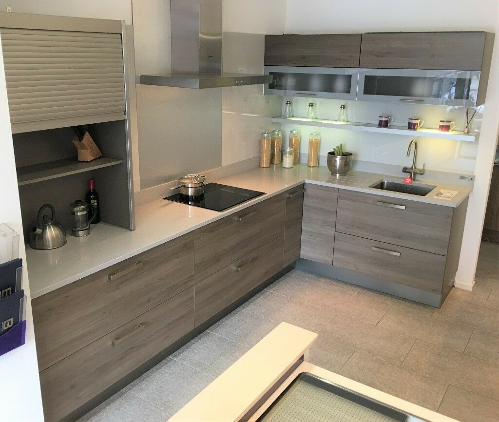 Kitchen Shelf Gumtree: N-toto Ex Display Alno Kitchen, Silestone Worktop And Neff