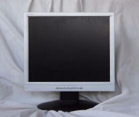 "Computer monitor display screen 19"" inch"