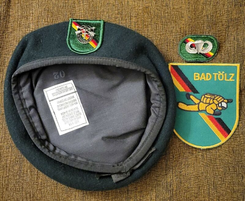 VINTAGE Special Forces Green Beret - 1st Battalion 10th SF Group Bad Tolz RARE