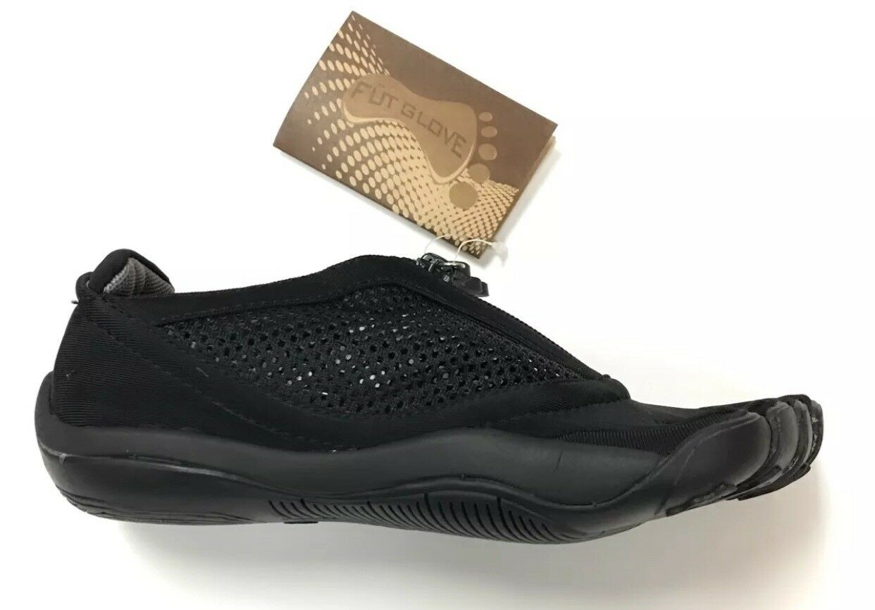 FÜT GLOVE Zip Black Neoprene Women's Athletic Shoes. 1