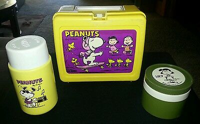 Vintage PEANUTS  Plastic Lunch Box Thermos & Lucy Insulated Thermos