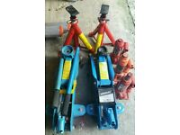 Trolley jacks axle stands