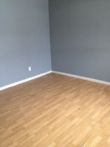 PREFERRED LOCATION - FOR JANUARY - 1 BEDROOM DOWNTOWN HULL