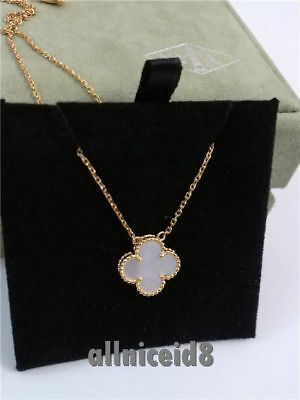 -Authentic Van Cleef & Arpels Vintage Alhambra 18K YG Mother of Pearl Necklace