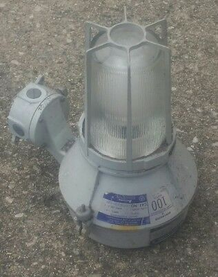 Mercmaster Ii H-38 Industrial Lightlamp With Lpwb-75 Appleton Wall Bracket